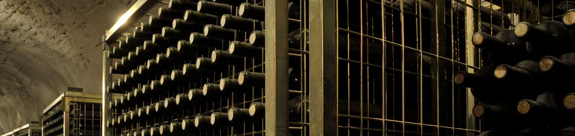Botellas conservándose en casa en un ambiente húmedo y sin ruido