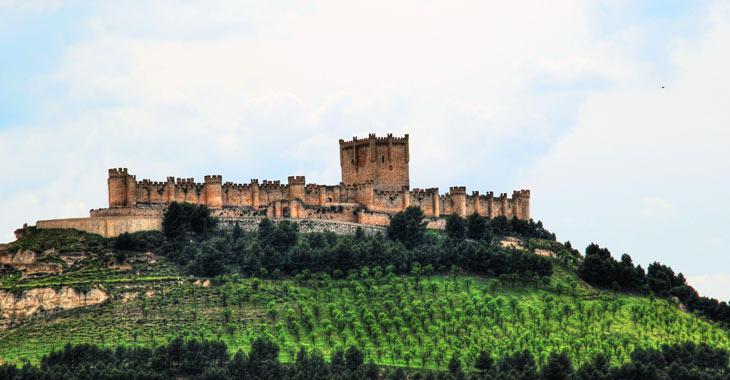Vista al exterior del Museo del Vino en el Castillo de Peñafiel